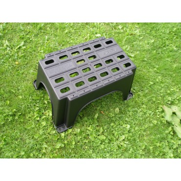MGI Plastic Solid Single Caravan / Campervan Step