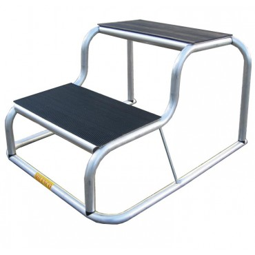 Milenco Caravan / Motorhome Anti Slip Rubber Topped Aluminium Double Step